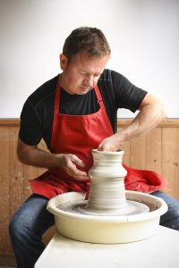 Maxwell-Pottery-DANIEL-THROWING-ON-THE-WHEEL